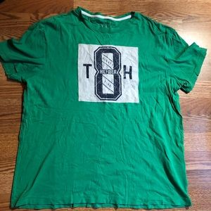 Tommy Hilfiger size large tee